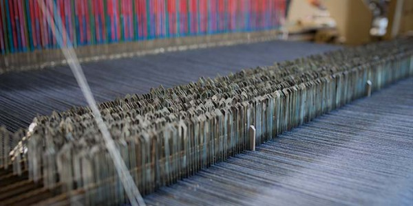 Produttori di tessuti per arredamento e auto cartex italia for Tessuti divani